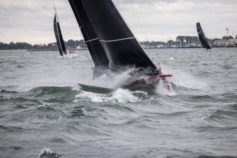 20 knots sailing