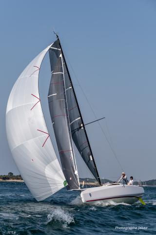 Xavier Bénéteau FRA 001 downwind racing