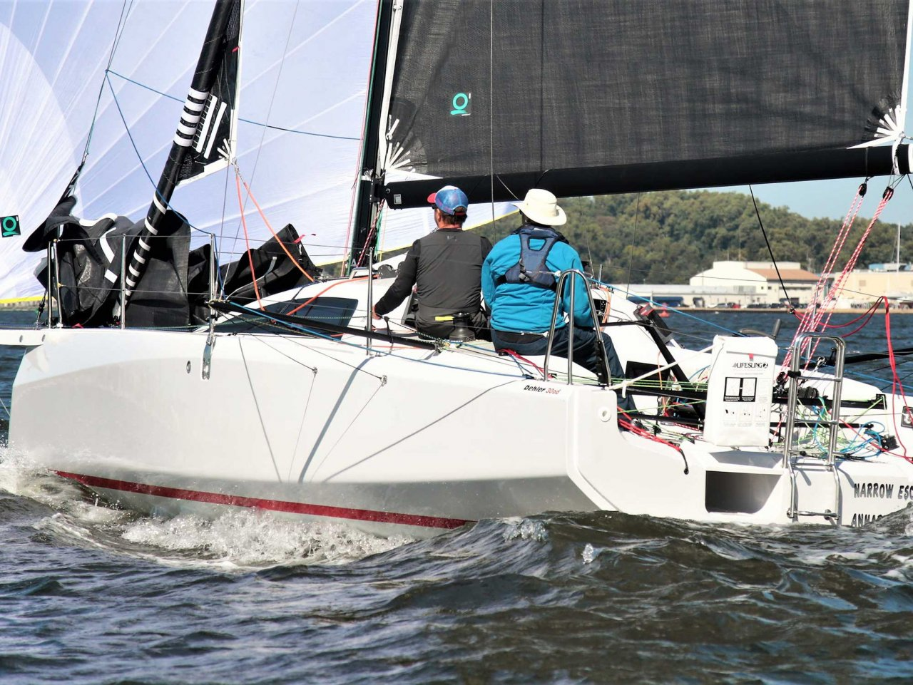 MIXED OFFSHORE SAILOR DEHLER 30 ONE DESIGN